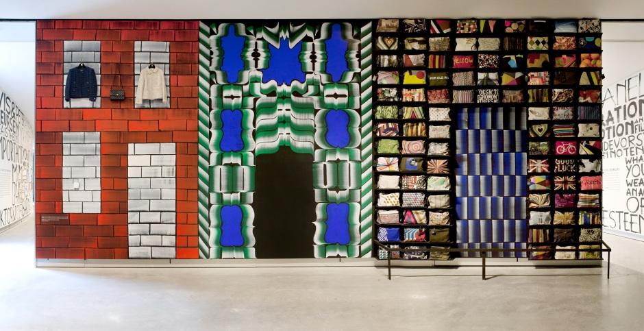 Veduta del wall painting di Gijs Frieling e Job Wouters al MOTI Museum Breda, The Netherlands, 2013